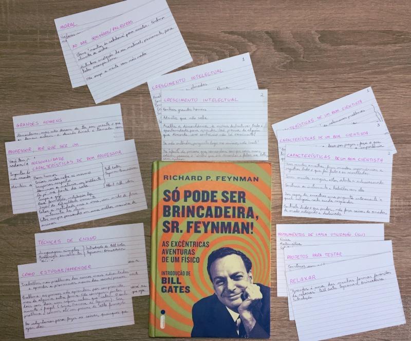 Brincando, Feynman me tornou um acadêmico melhor