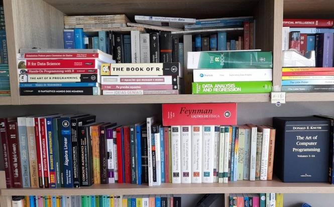 Como comprar livros bons e baratos